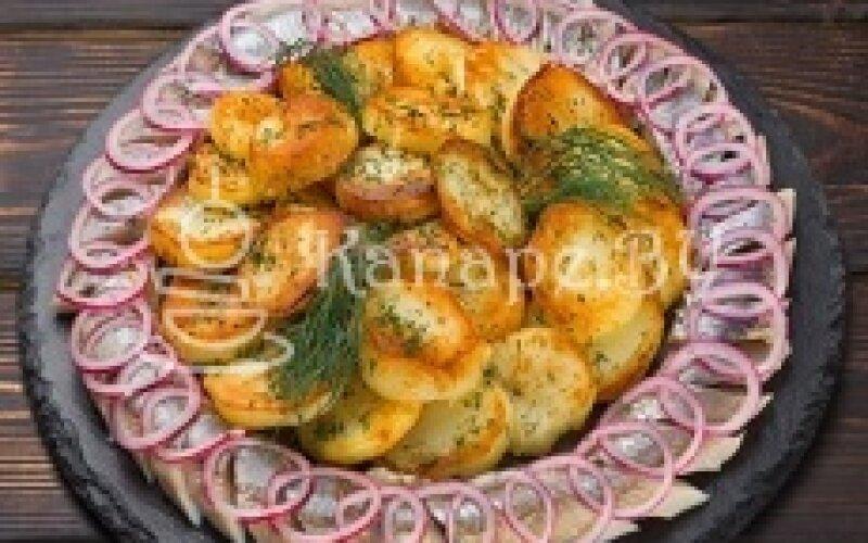 Сельдь с картофелем