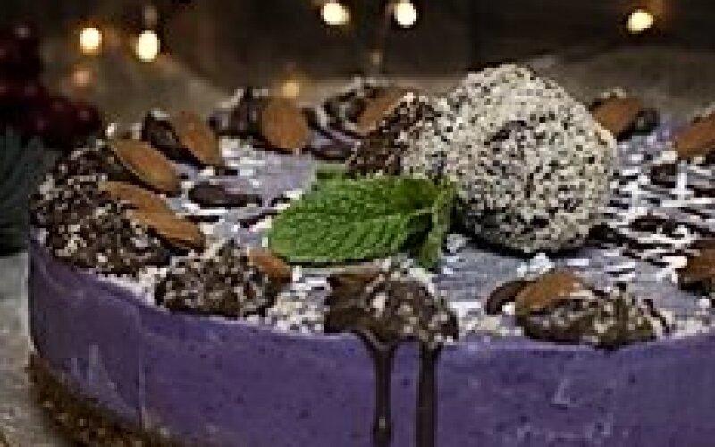 Кешью-кейк «Черничный бриз»