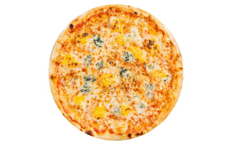 Пицца «Четыре сыра» с пышным краем