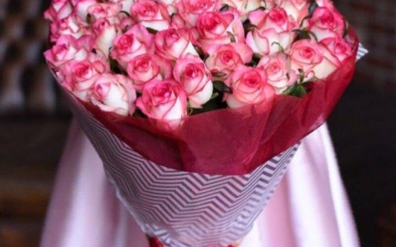 Букет из 51 розы «Джумилия»