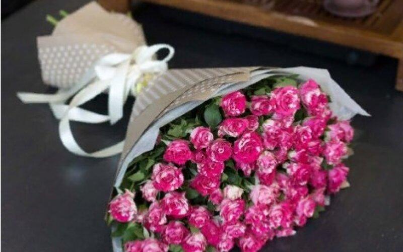 Букет «Мальвина» из кустовой розы