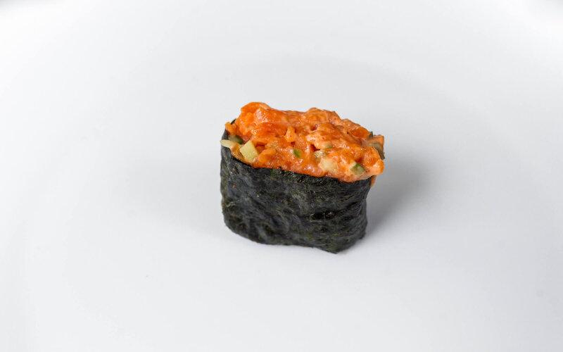 Гункан «Спайси  тунец»