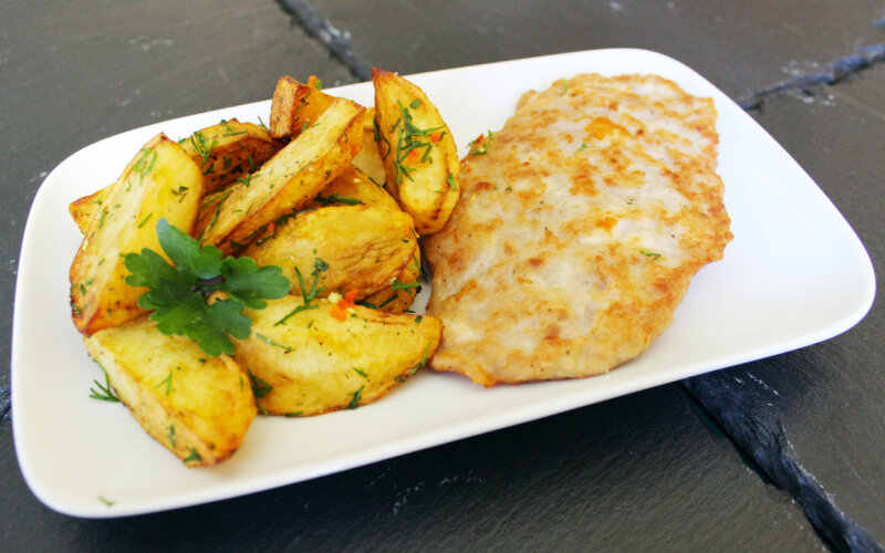 Шницель «По-венски» с картофелем
