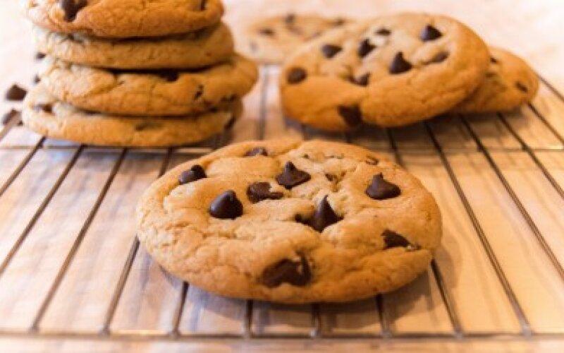 Печенье песочное с шоколадными дропсами