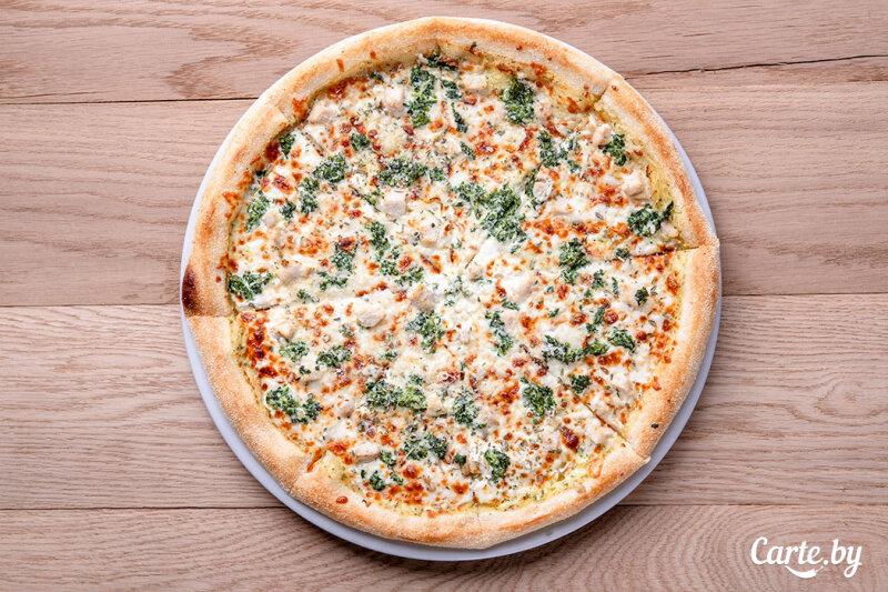 Пиццетта со шпинатом и курицей