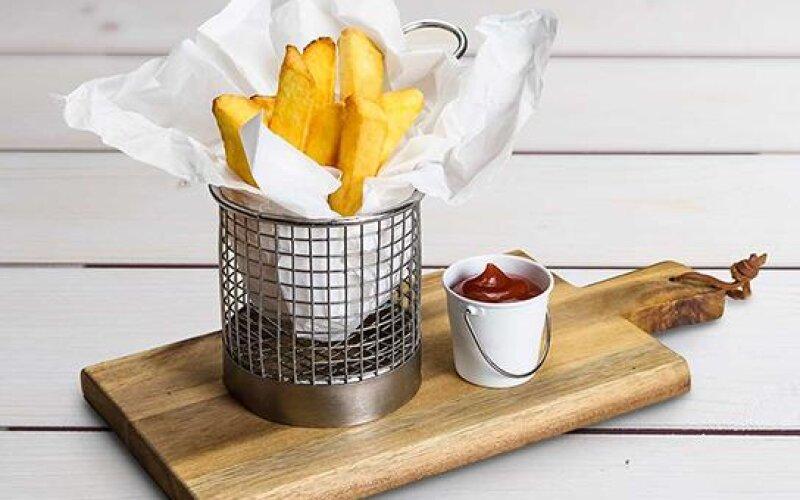 Картофель «Бельгийский» с кетчупом