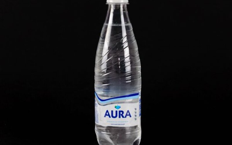 Вода питьевая «Аура» негазированная