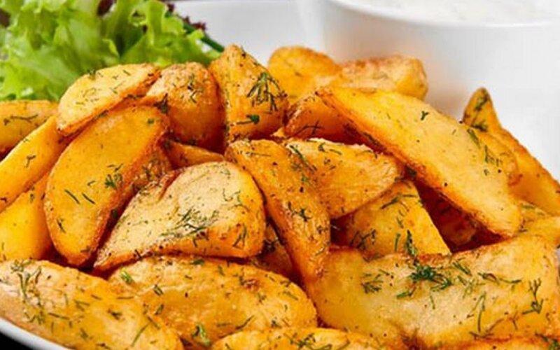 Картофельные ломтики «По-деревенски»