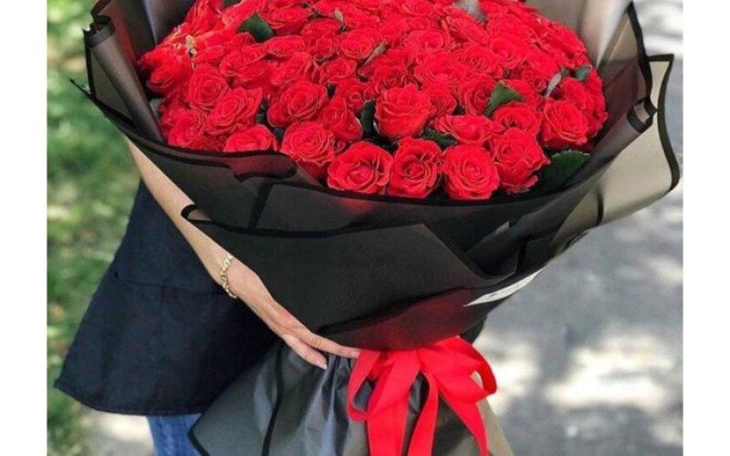 Букет «Стильный» из 51 розы