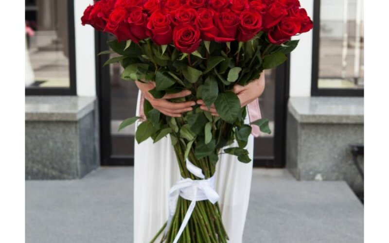 Букет из 51 розы «Luxury»