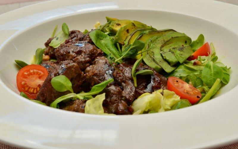 Тёплый салат «Париж»