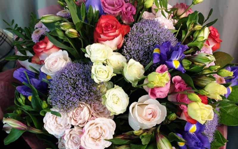Букет цветов «Яркие впечатления»