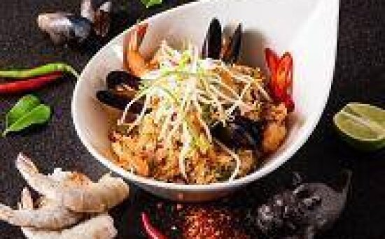 Рис «По-тайски» с морепродуктами