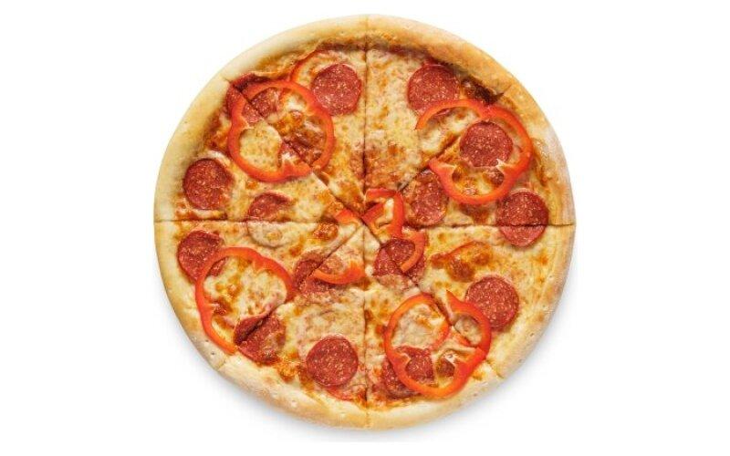 Пицца «Пеперони» с перцем