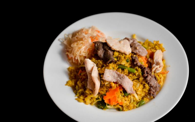Жареный рис «Мясной микс»