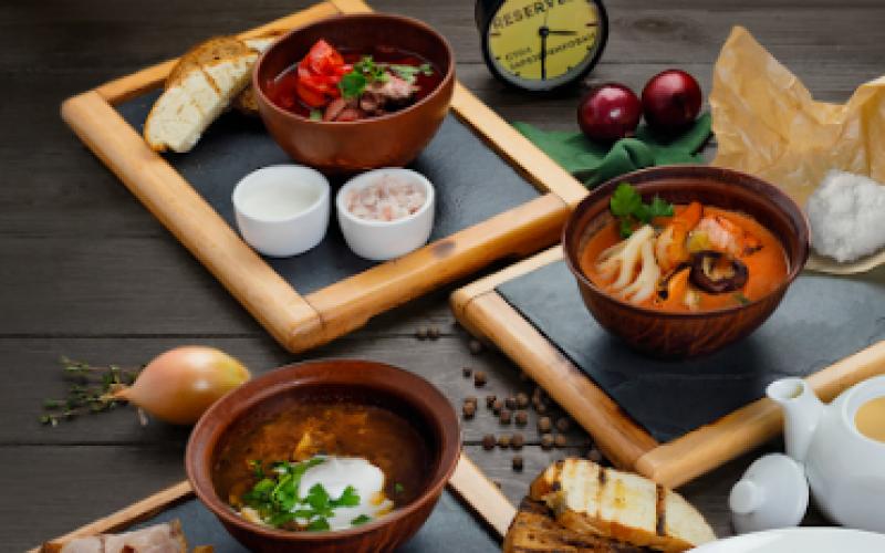 Суп «Том-ям» с морепродуктами и рисом