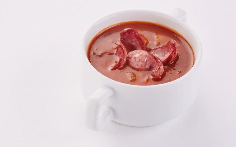 Суп «Харчо» с баварскими колбасками