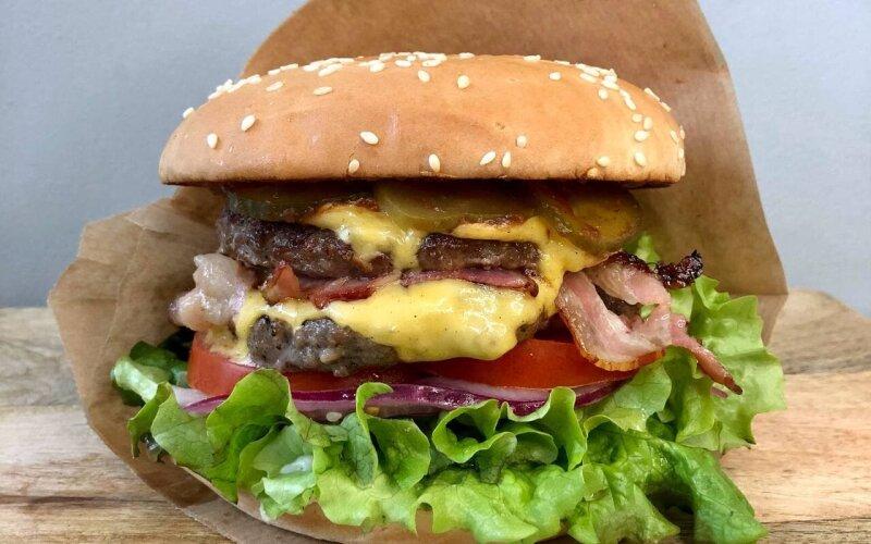 Бургер с двойной говядиной
