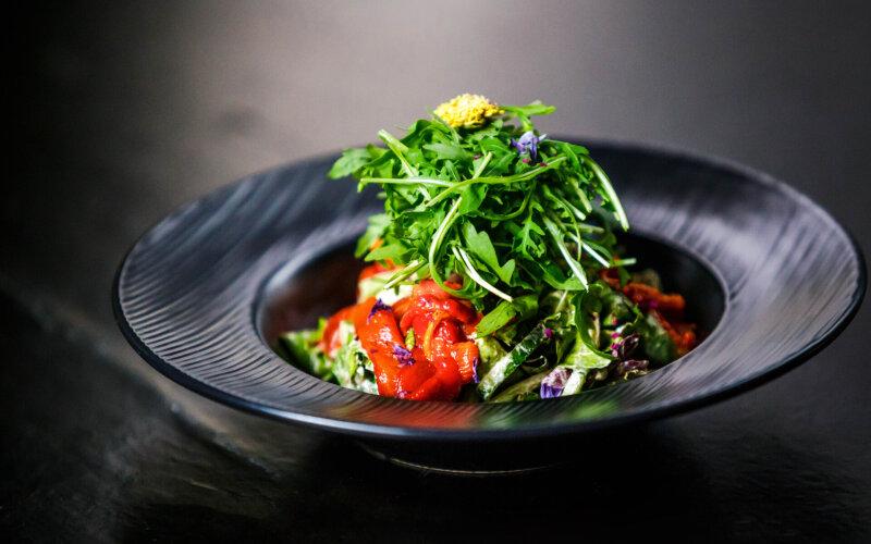 Салат с печёным перцем