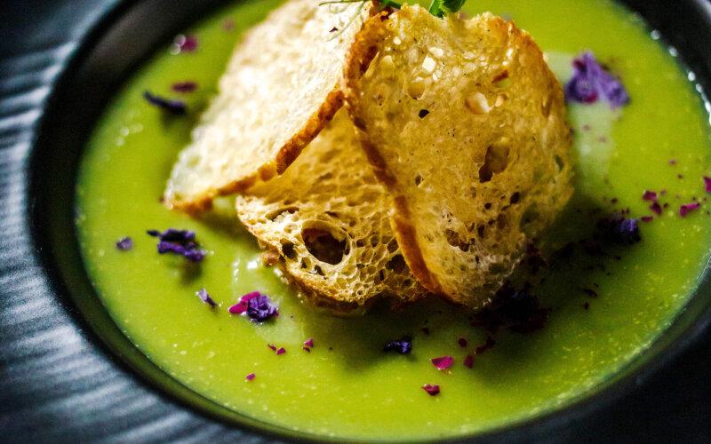 Крем-суп из брокколи на кокосовом молоке