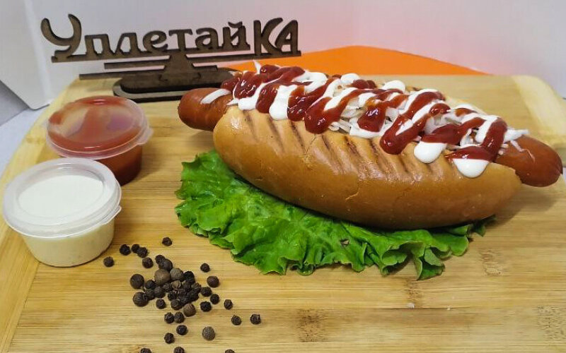 Хот-дог с колбаской