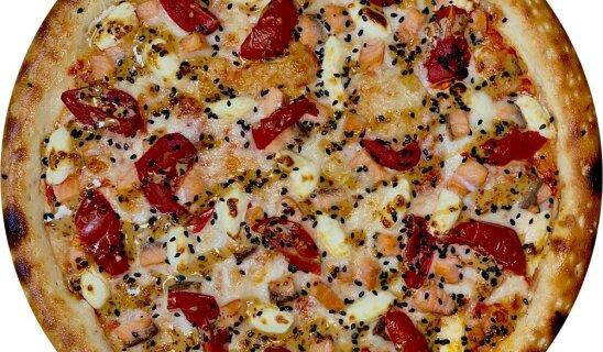 Пицца «Копченный лосось»