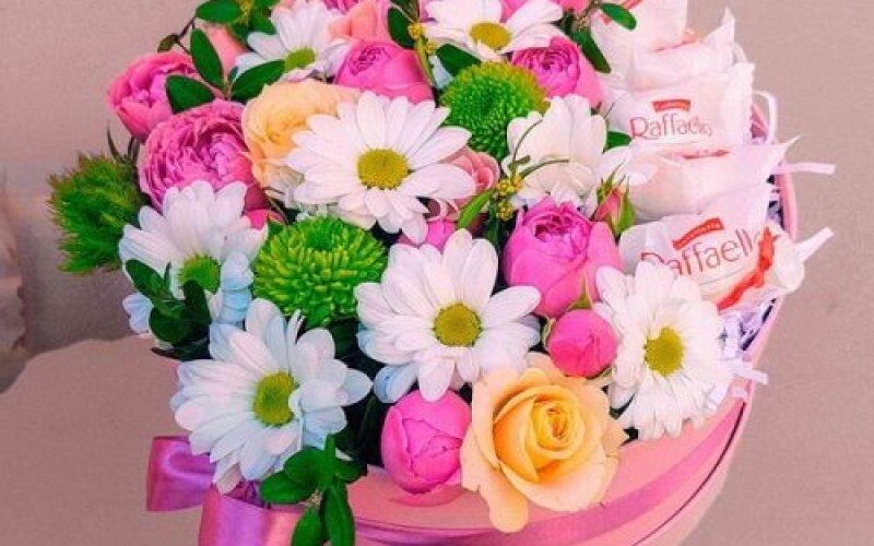 Коробка с цветами № 82