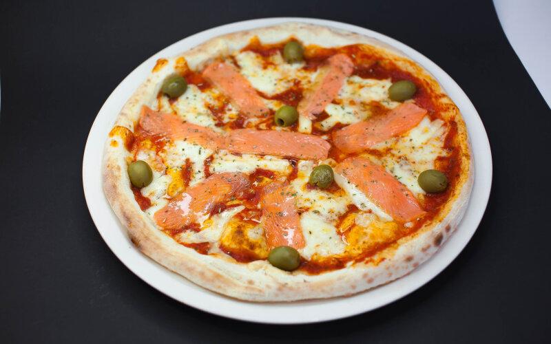 Пицца «Сальмоне»
