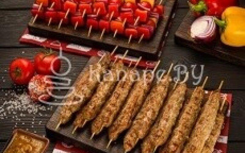 Мини-шашлык люля-кебаб из телятины с овощами