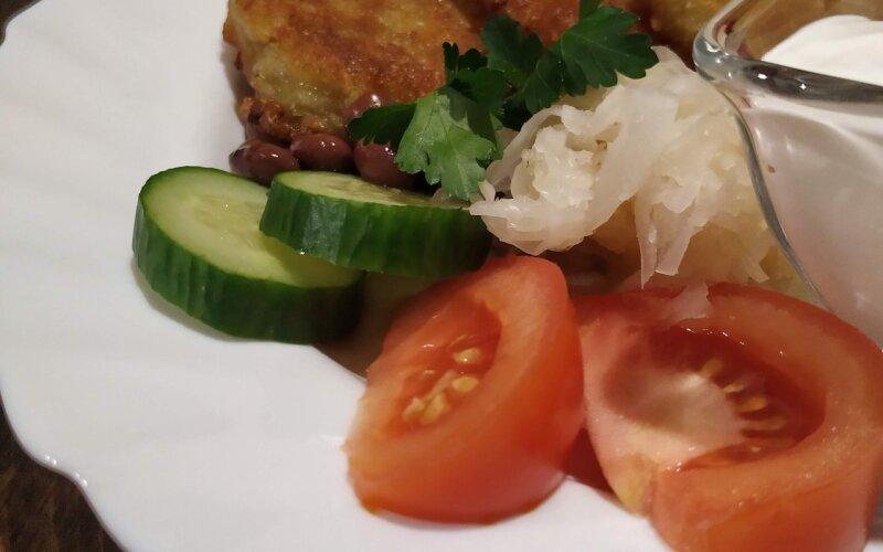 Драники картофельные со сметаной