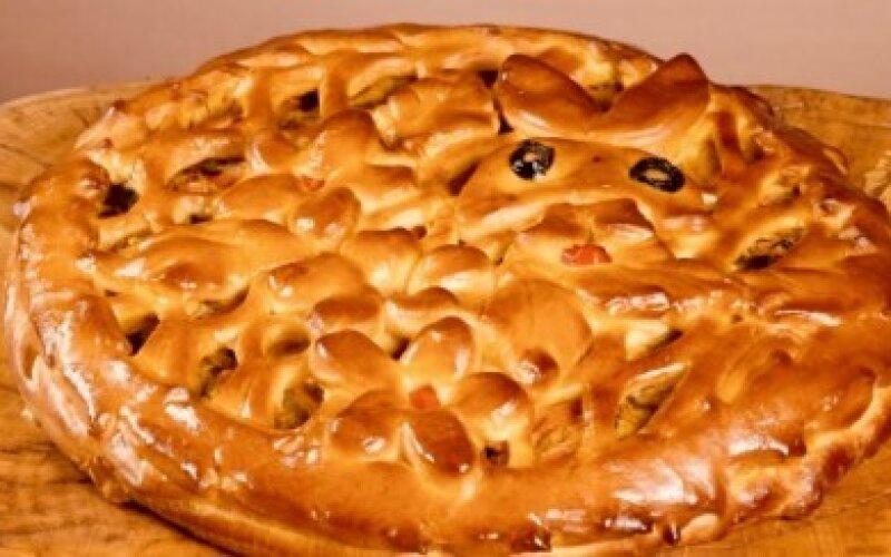 Пирог с индейкой и шампиньонами