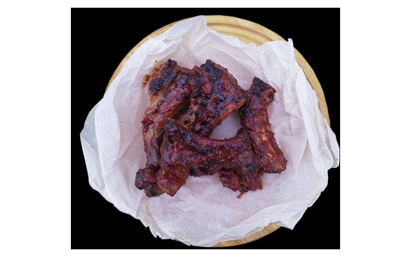 Рёбра гриль под соусом «Барбекю»