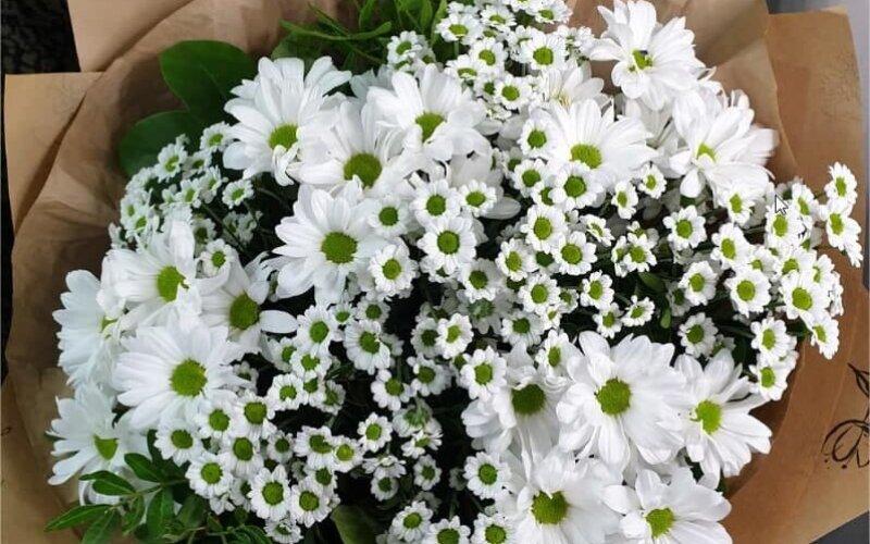 Букет цветов «Ромашковый»