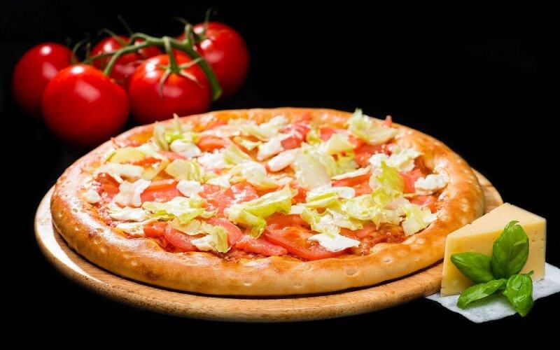 Пицца на толстом тесте «Фила»