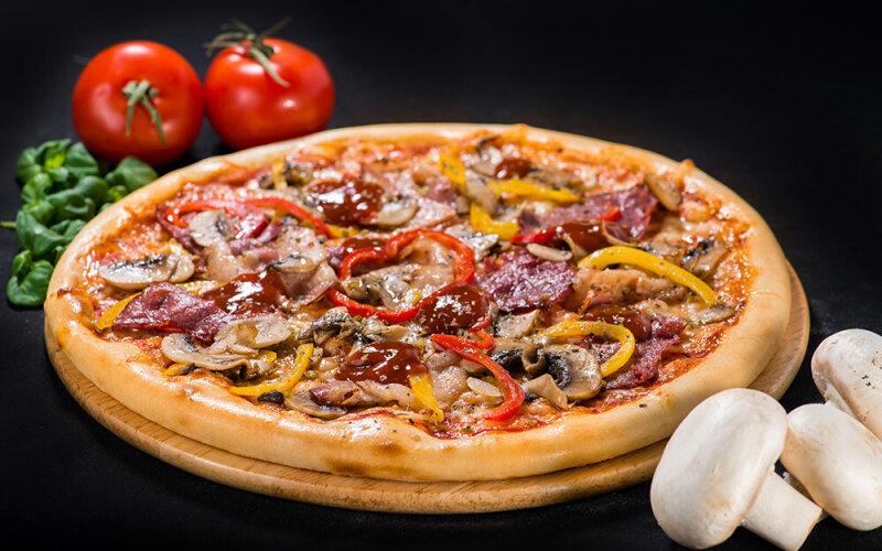 Пицца на толстом тесте «Везувий»