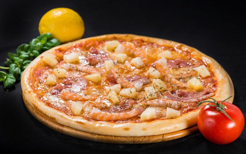 Пицца на толстом тесте «Гавайская»