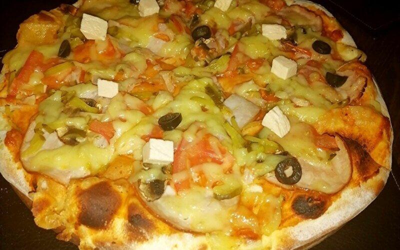 Пицца «Каприччоза»