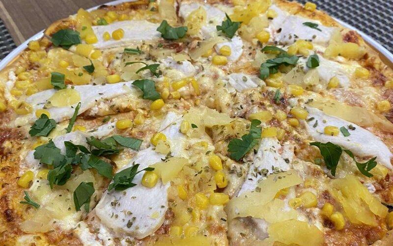 Пицца «С курицей и ананасом»