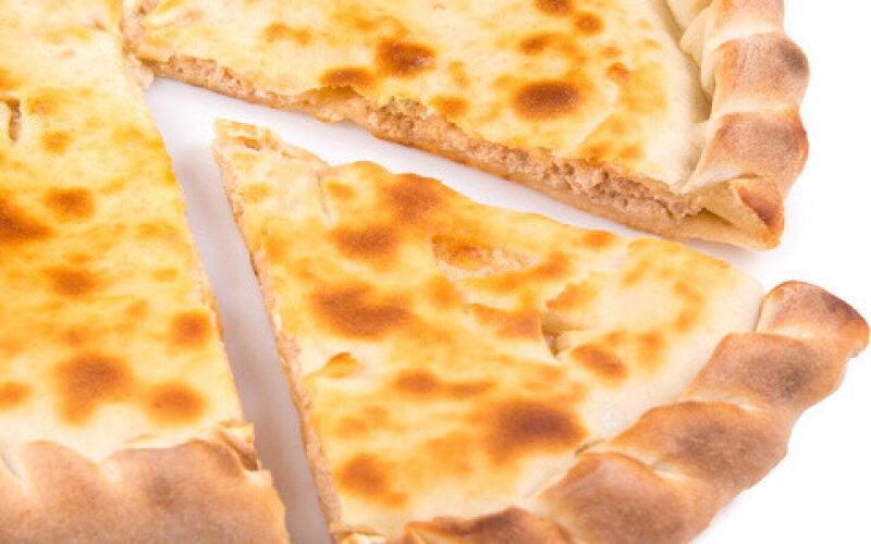 Пирог с сёмгой, сыром «Фета» и грибами