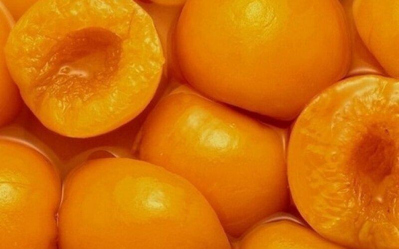 Персик консервированный
