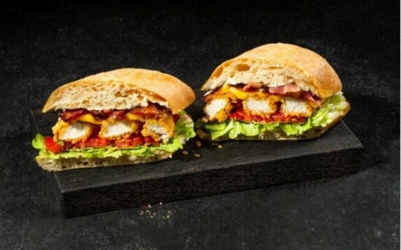 Куриный сэндвич «БЛТ»