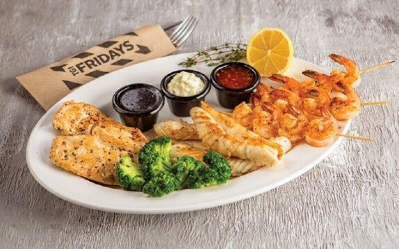 Тарелка «Fridays big platter»