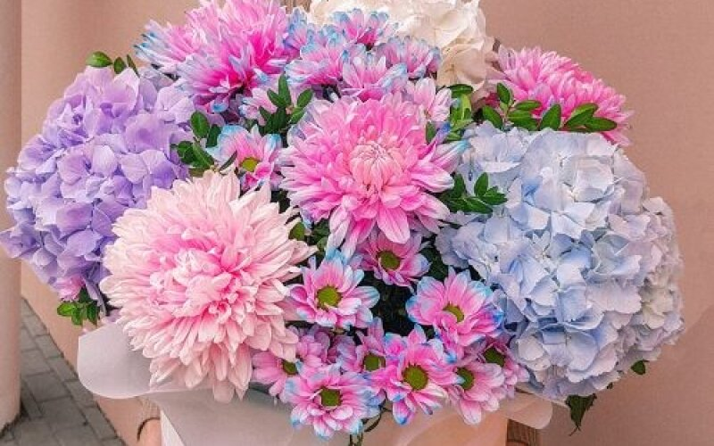 Коробка с цветами №100