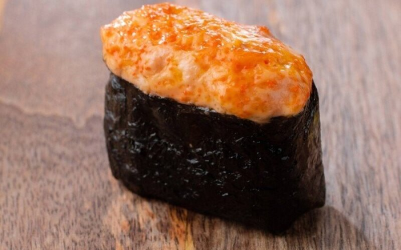 Запечённые суши «Снежный краб»