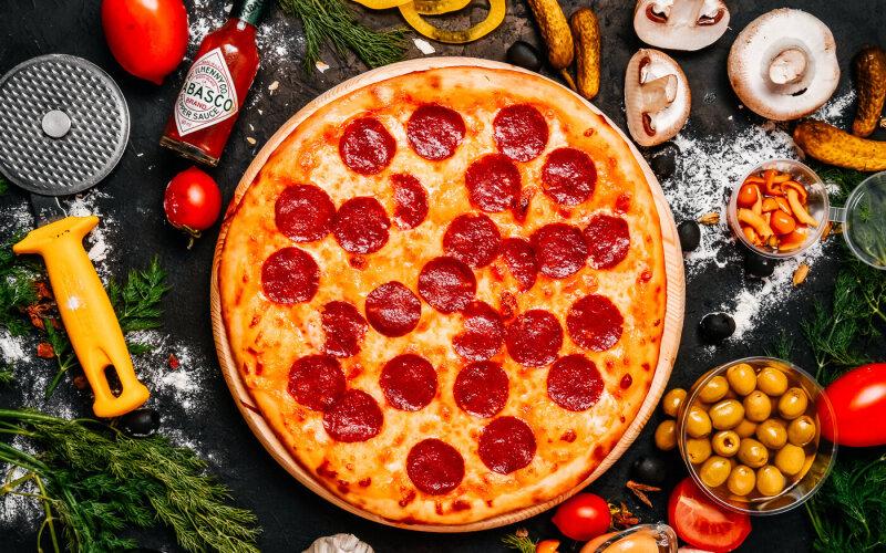 Пицца «Супер-салями»