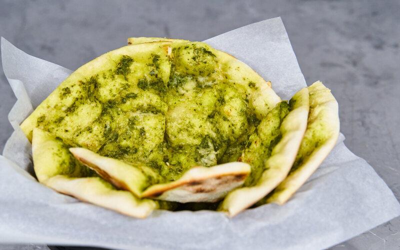 Фокачча с соусом «Песто»