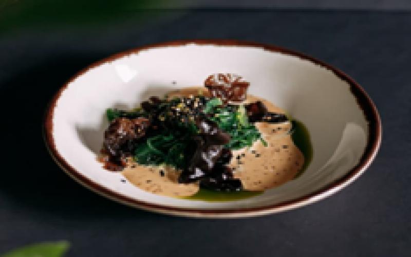 Чука с грибами «Муэр» и ореховым соусом