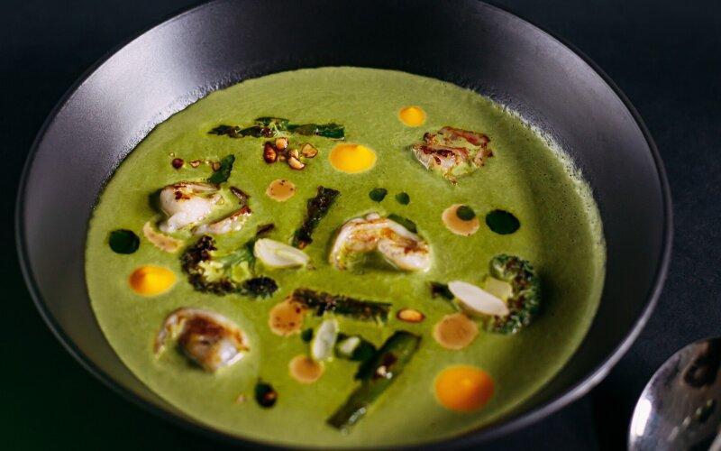 Шпинатный крем-суп с креветками