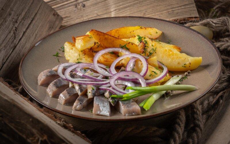 Картофель с сельдью «Под водочку»