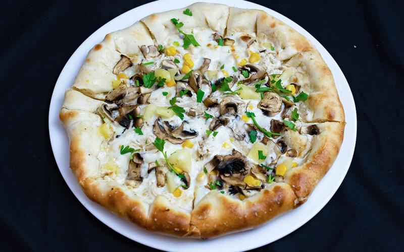 Пицца «Кантри» с сырным бортом